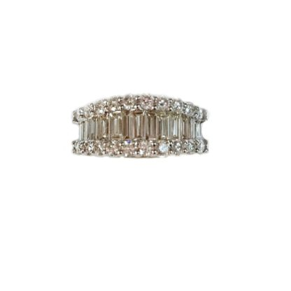 bgdia 416x416 - Baguette and Round Diamond Band